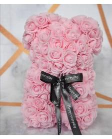 Macko z ruží 25 cm bledoružový