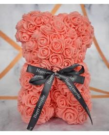 Macko z ruží 25 cm lososový