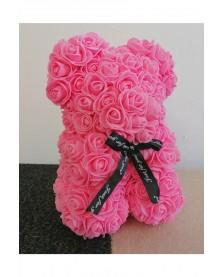 Macko z ruží 25 cm ružový