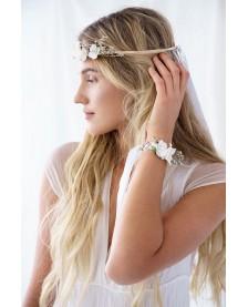 Kvetinová čelenka biela