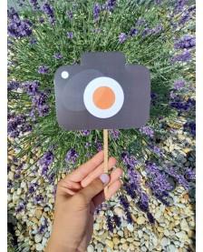 Farebná rekvizita na fotenie - fotoaparát