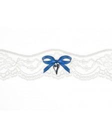 Čipkovaný podväzok krémový s modrou mašlou